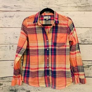 OLD NAVY PLAID SHIRT LADIES SIZE MEDIUM